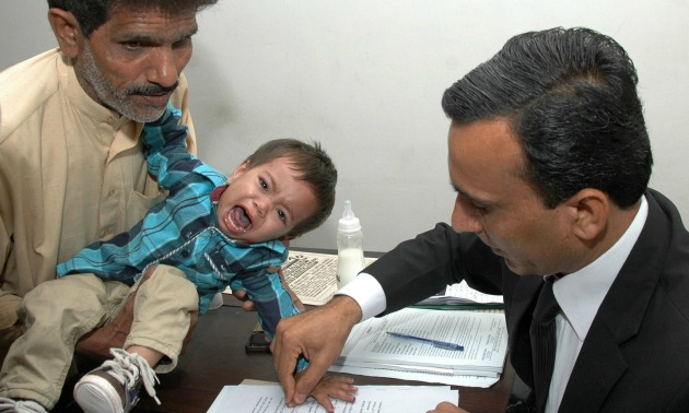 pakistan-baby-attempted-murder