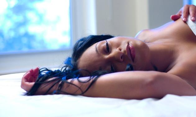 tahiry in bed 630 x 378.jpg