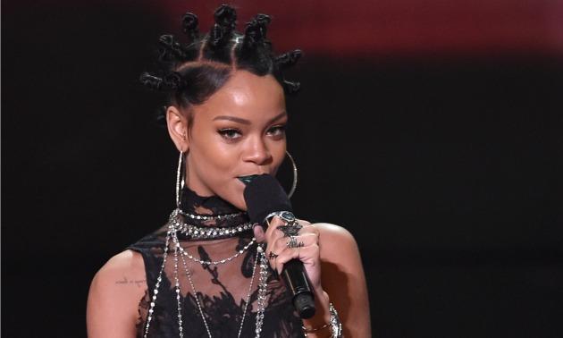Rihanna iheart Music 2014.jpg