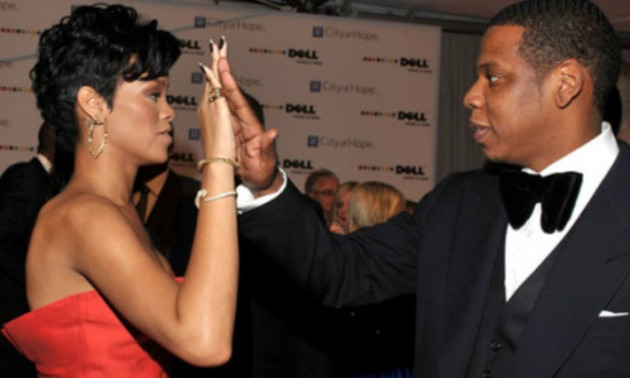 rihanna-JAY-HIGH-FIVE