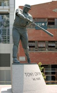 tony gwynn statue - tony gwynn statue