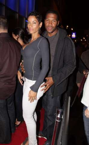Why Michael Strahan And Nicole Murphy Broke Off Their