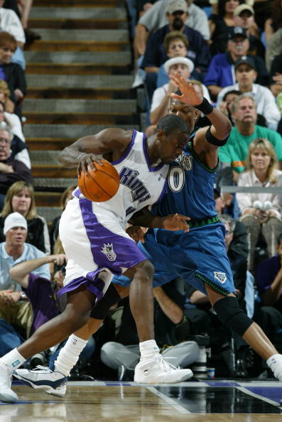 Timberwolves v Kings