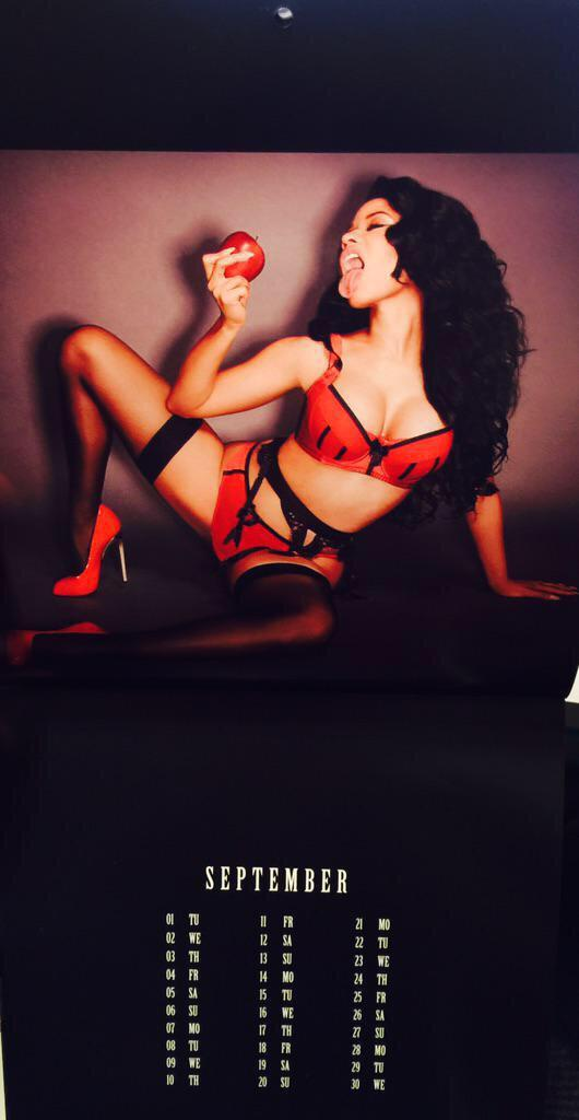 Nicki-Minaj-Calendar-10