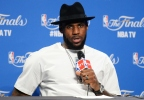 "LeBron James Is Set To Star In ""Space Jam"" Sequel"