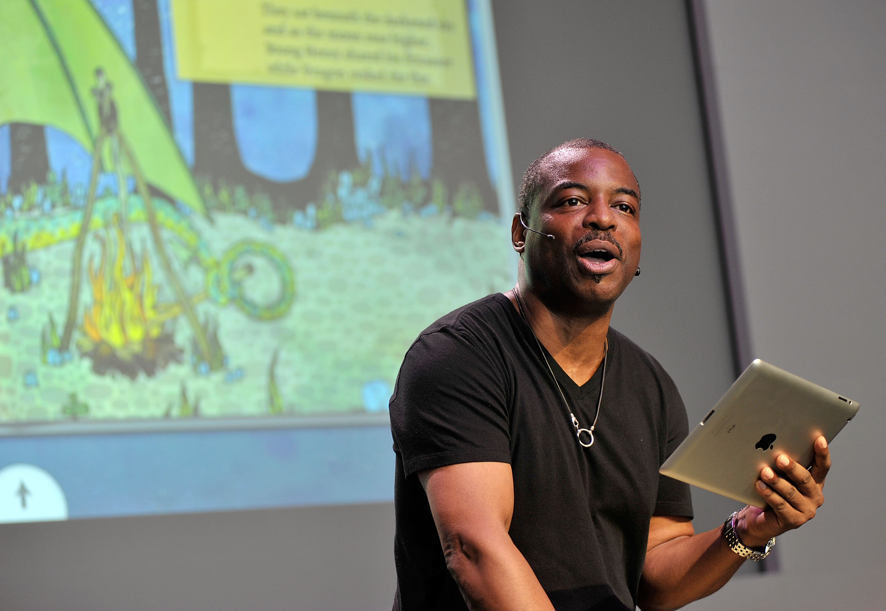 The Apple Store Soho Presents: Meet The Host: LeVar Burton,''Reading Rainbow'