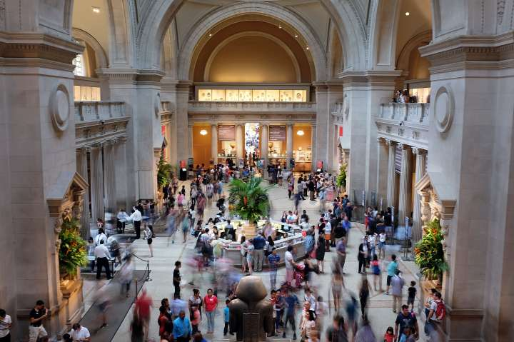 Metropolitan Museum of Art Announces 2014's Attendance Broke All Time Record At 6.3 Million Visitors