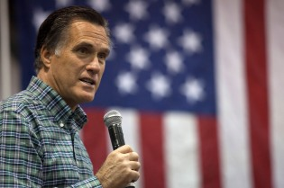 Mitt Romney Campaigns With AK Senate Candidate Dan Sullivan In Anchorage