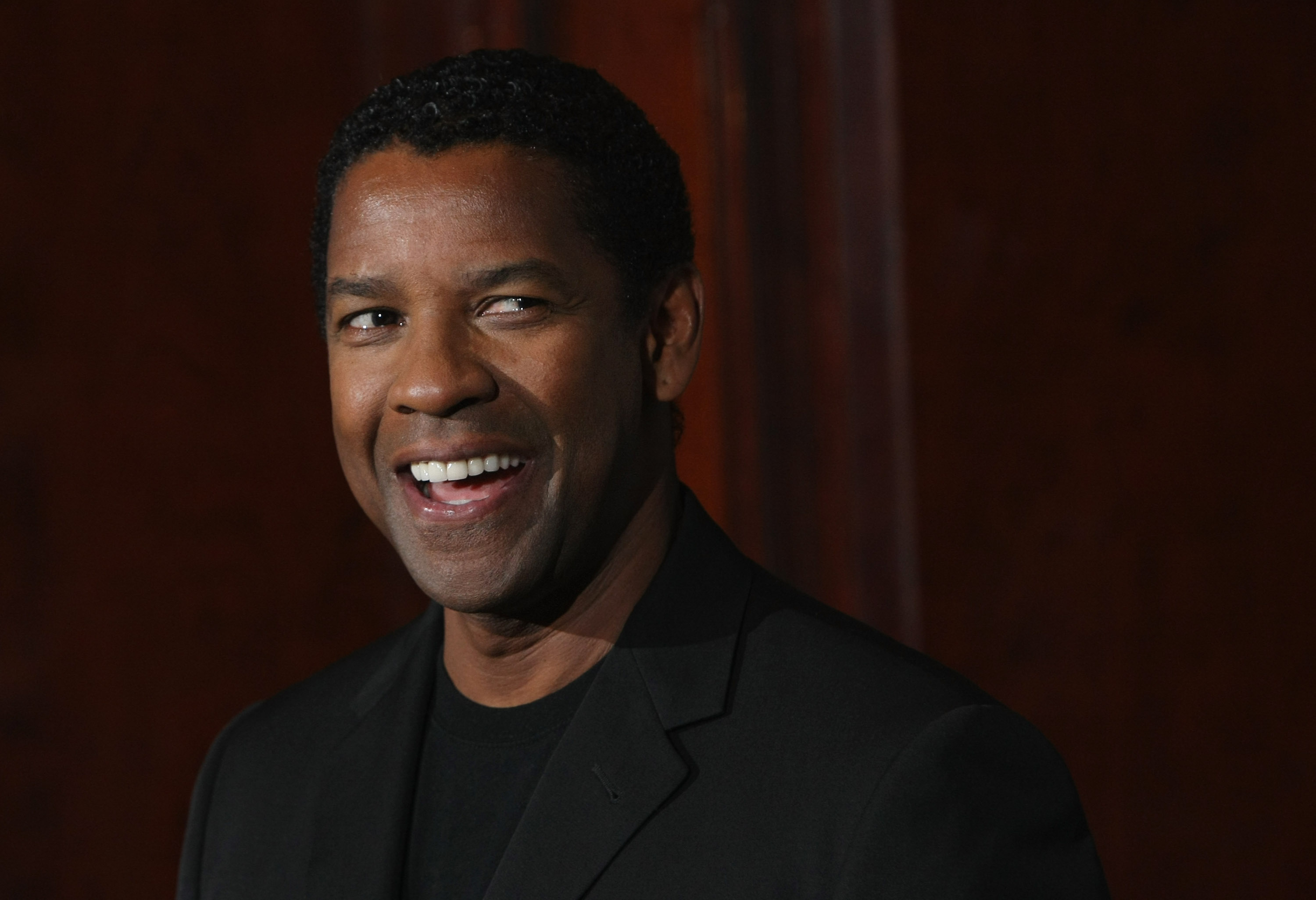 Denzel Washington Attends 'The Taking Of Pelham 123' Press Junket