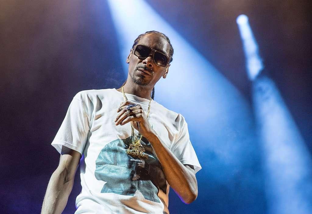 Snoop Dogg and Wiz Khalifa Perform At Austin360 Amphitheater